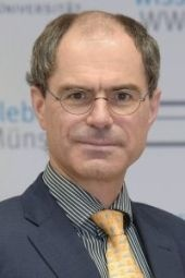 Prof. Dr. Peter Oestmann