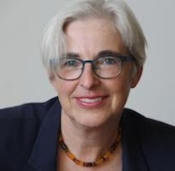 Portrait-Foto Prof. Dr. Katrin Kogman-Appel