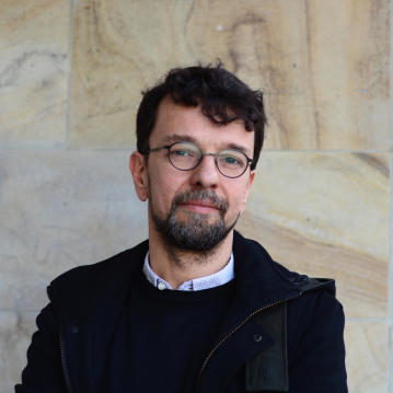Portraitfoto Dejan Matić