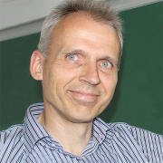 Univ.-Prof. Dr. Andreas HEUER