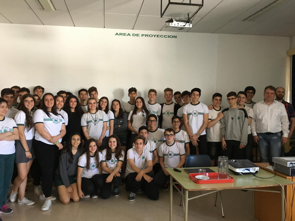 "Forty youngsters from each of two German schools in Buenos Aires took part  in the ""School Students Uni"" under the direction of CiM researchers Dr.  Andreas ..."