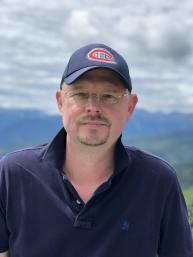 Prof. Dr.  Hans Beck , FRSC