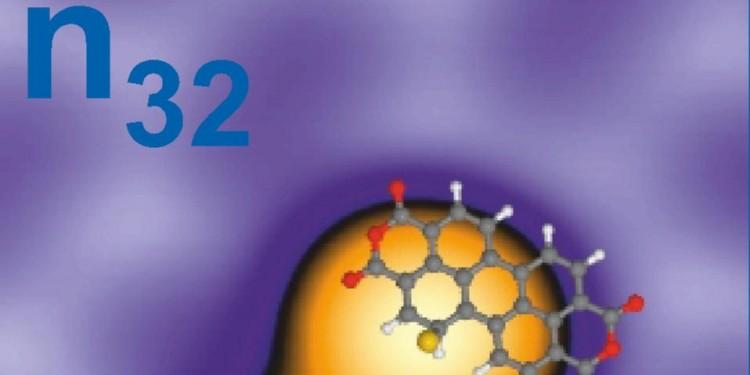 Rastertunnelmikroskopische Aufnahme eines Dimers aus zwei Gold-dekorierten PTCDA-Molekülen