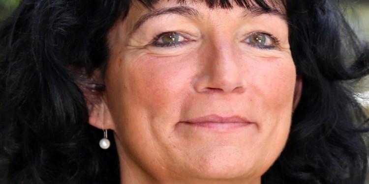 Erziehungswissenschaftlerin Prof. Dr. Karin Böllert<address>&copy; privat - Agentur Bildschön</address>