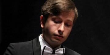 WWU-Pianist spielt sich in die Weltspitze: Alexey Sychev erreicht 3. Platz bei Wettbewerb in Dublin