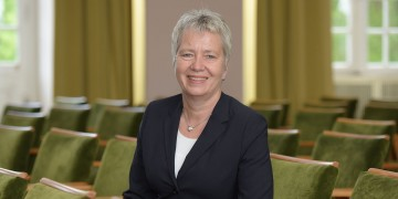 Hochschulrat der Universität Münster wählt neuen Vorstand: Juristin Dr. Elke Topp übernimmt den Vorsitz