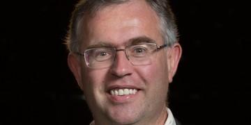 Zwei Humboldt-Preisträger zu Gast an der WWU: Alexander-von-Humboldt-Stiftung ermöglicht Experten für Teilchenphysik und Biotechnologie einjährige Forschungsaufenthalte